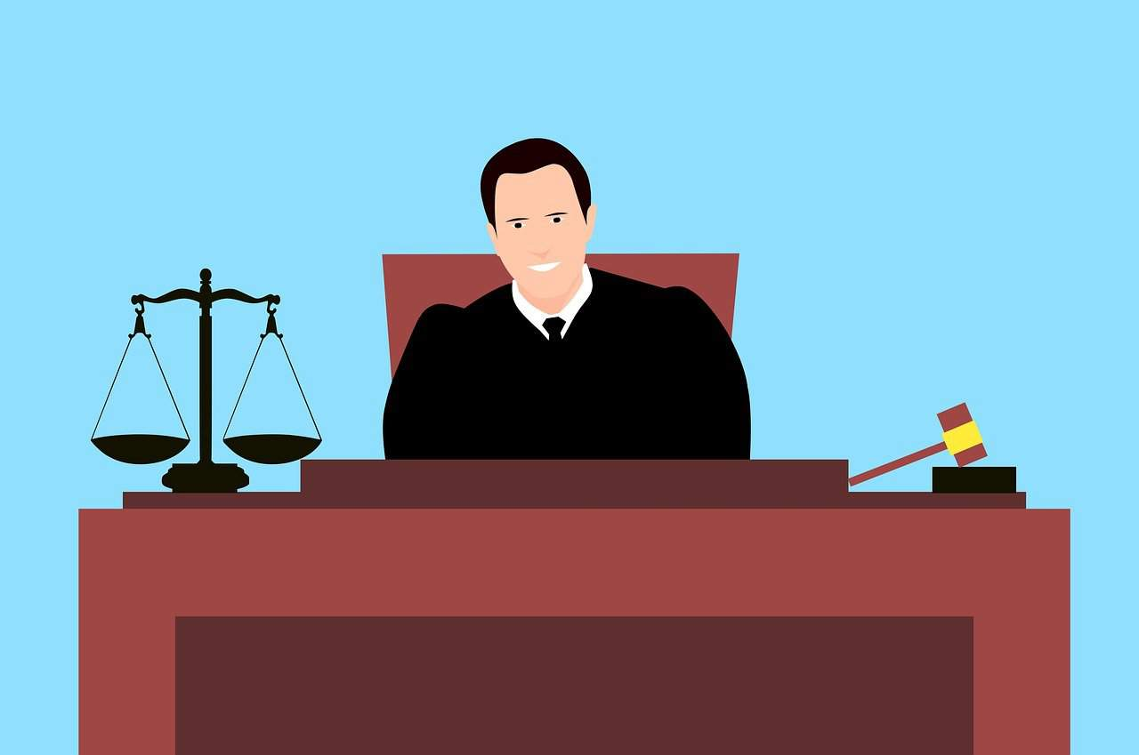 איש משפט