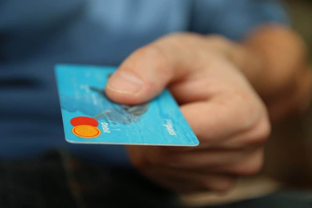 יד מחזיקה אשראי